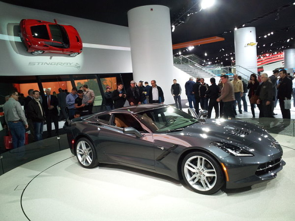 2014_Corvette_Coupe_Cyber_Gray_Right_Front_Jan_17_2013_Detroit_Auto_Show